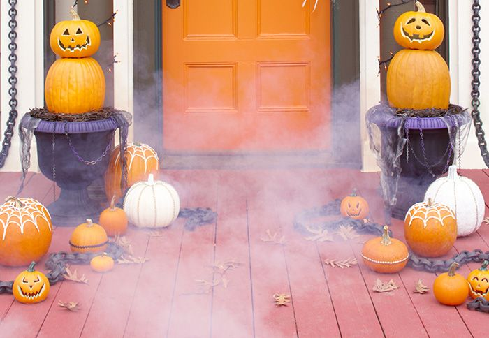 20 Simple but Effective Halloween Front Porch Ideas DIY Halloween - lowes halloween
