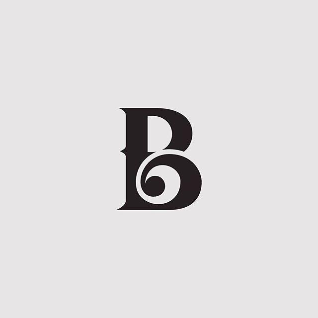 logo instagram b&w