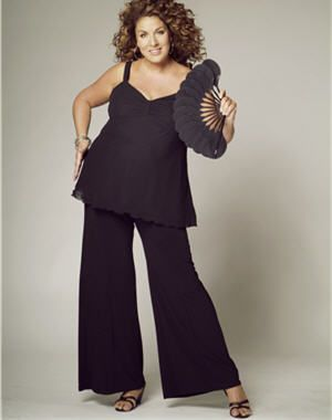 la mode des rondes selon marianne james top bretelles et pantalon large noirs femmes. Black Bedroom Furniture Sets. Home Design Ideas