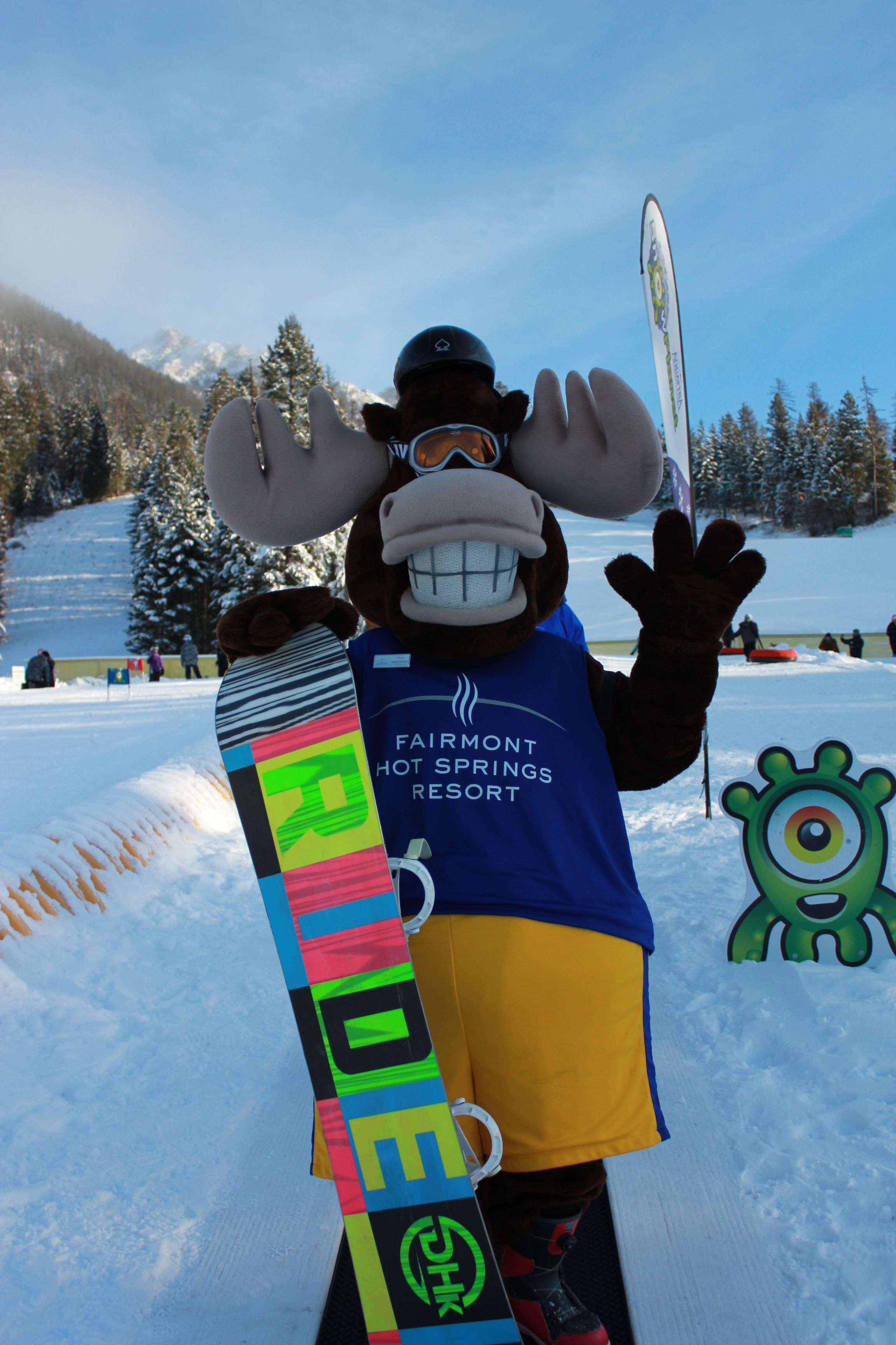 Monty the moose out for a morning ride at our family friendly ski hill! #FHSR #SKIFHSR #monty #moose #winter #snowboard #cvtourism
