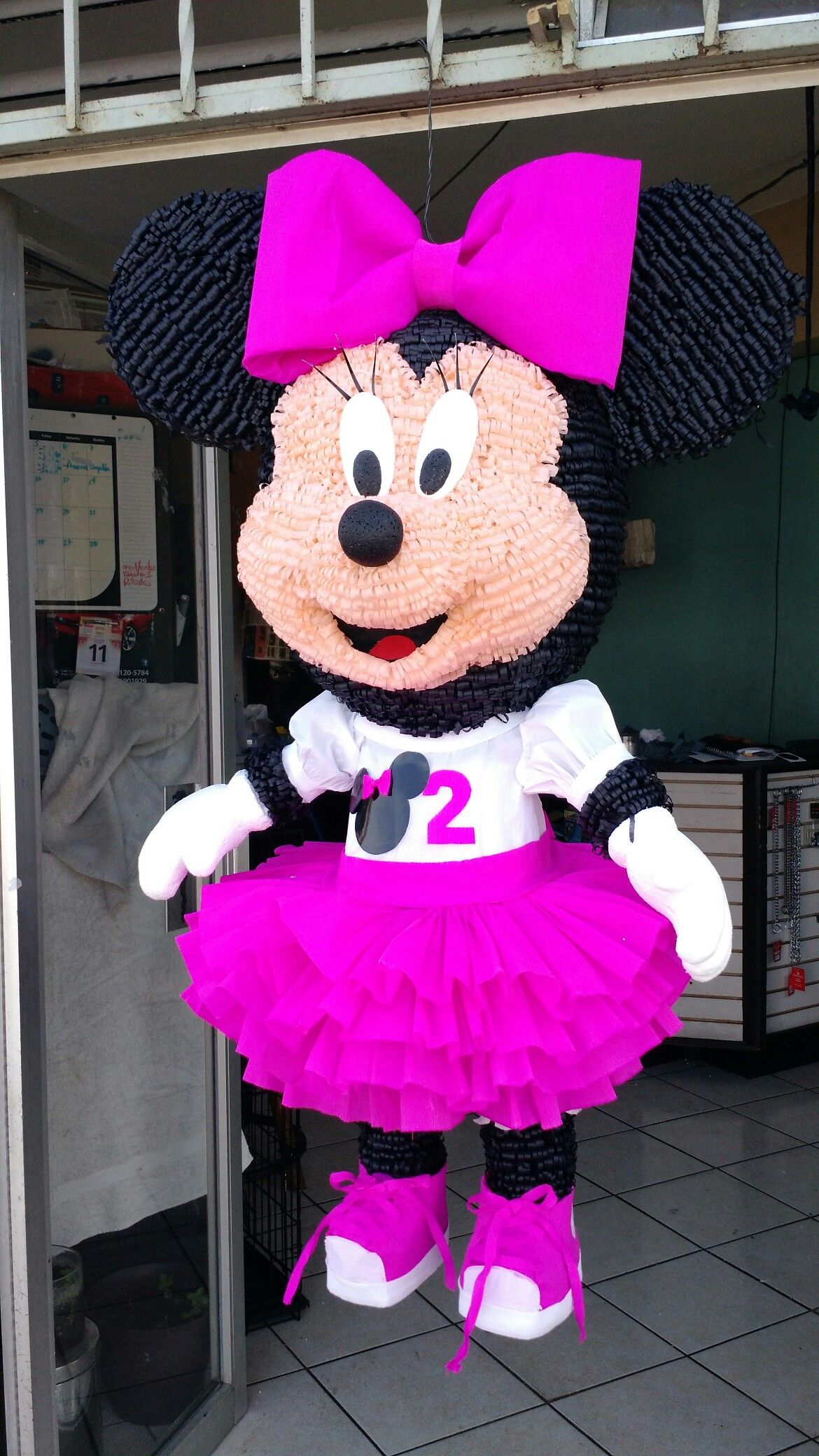 Piñata Minnie Mouse | piñatas | Pinterest | Pinata basteln und Basteln