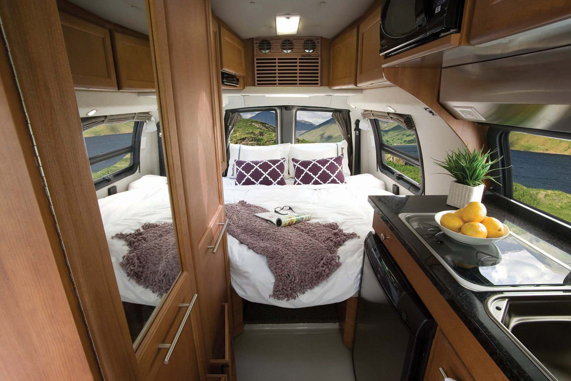 190 Popular Class B Motorhome Roadtrek Roadtrek Rv Interior