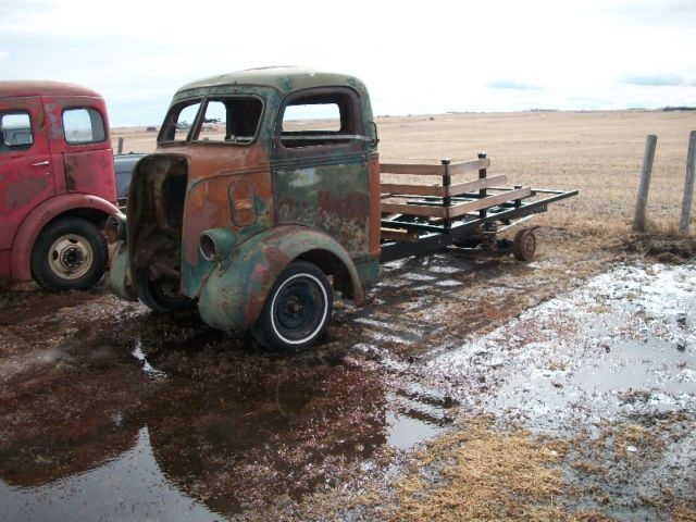 47 ford cabover project sitting on top of 72 chev 1/2 ton frame,rough but repairable. no kijidiots, come look.