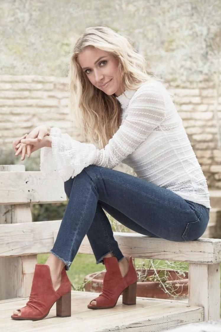 Kristin Cavallari Chinese Laundry Fashion Style Pinterest Nike Juvenate Ampquotlight Boneampquot Wearing Lash Peep Toe Booties In Brandy