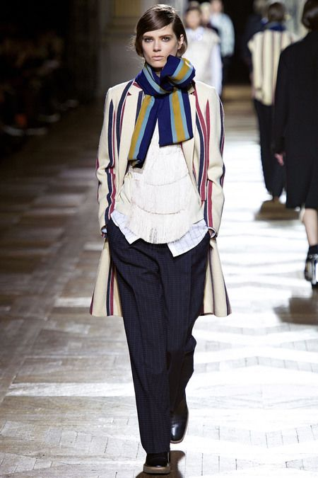 Dries Van Noten Fall 2013. Directoire and Empire Period Costume for Men: the modern day cravat would be the scarf.