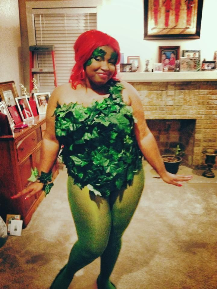 find a plus sized poison ivy costume so i fucking made my own in your face retailers