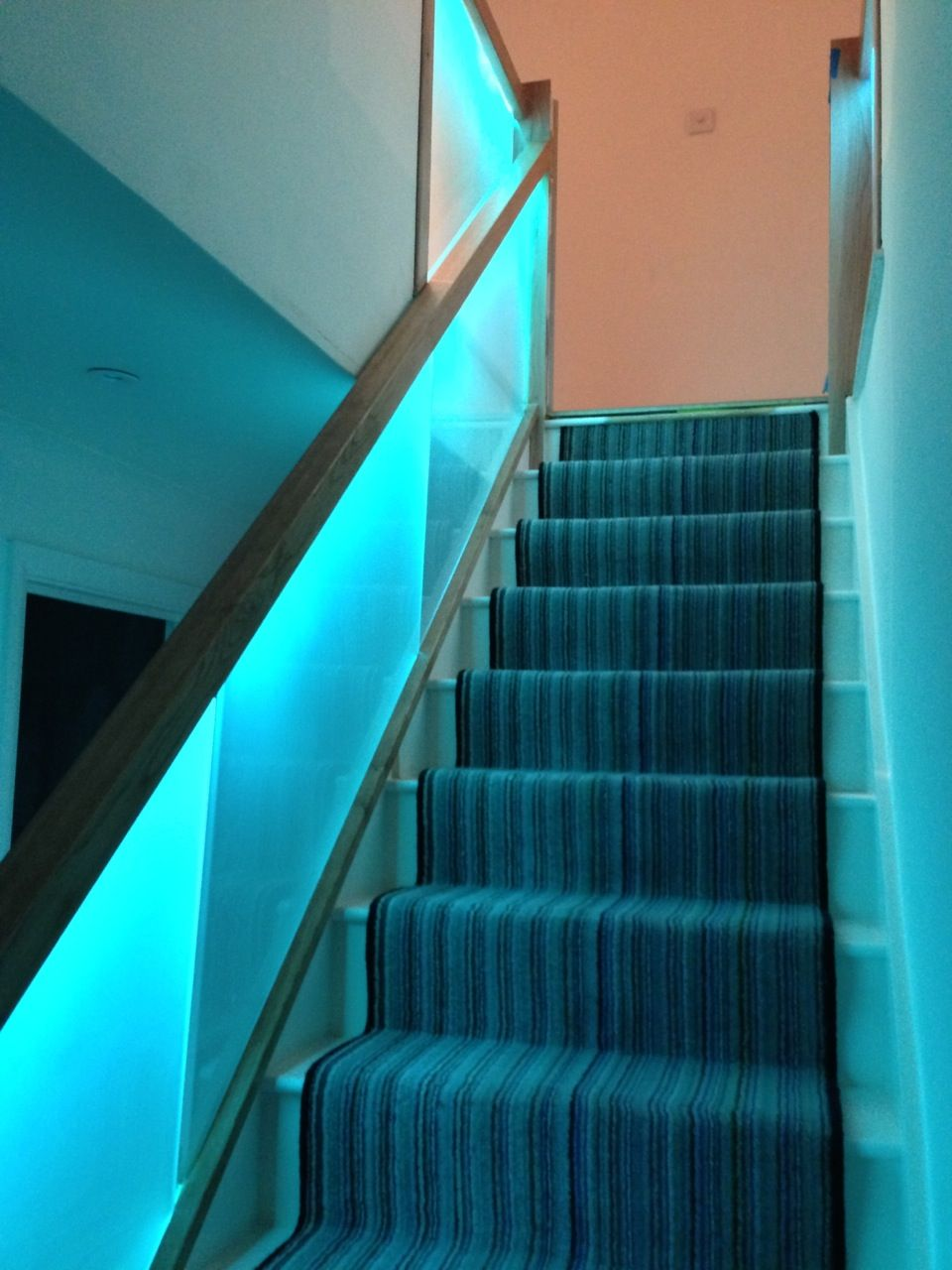 15 Ideas Of Pendant Lights Stairwell: Frosted Glass Led Lit Stairs