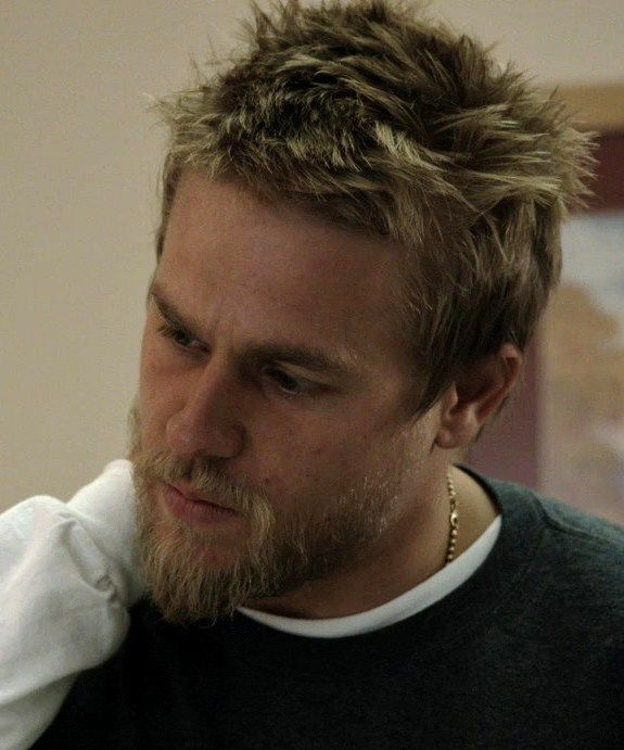 Pin By Stephanie Campbell On Charlie Hunnam Charlie Hunnam Sons Of Anarchy Charlie Hunnam Soa