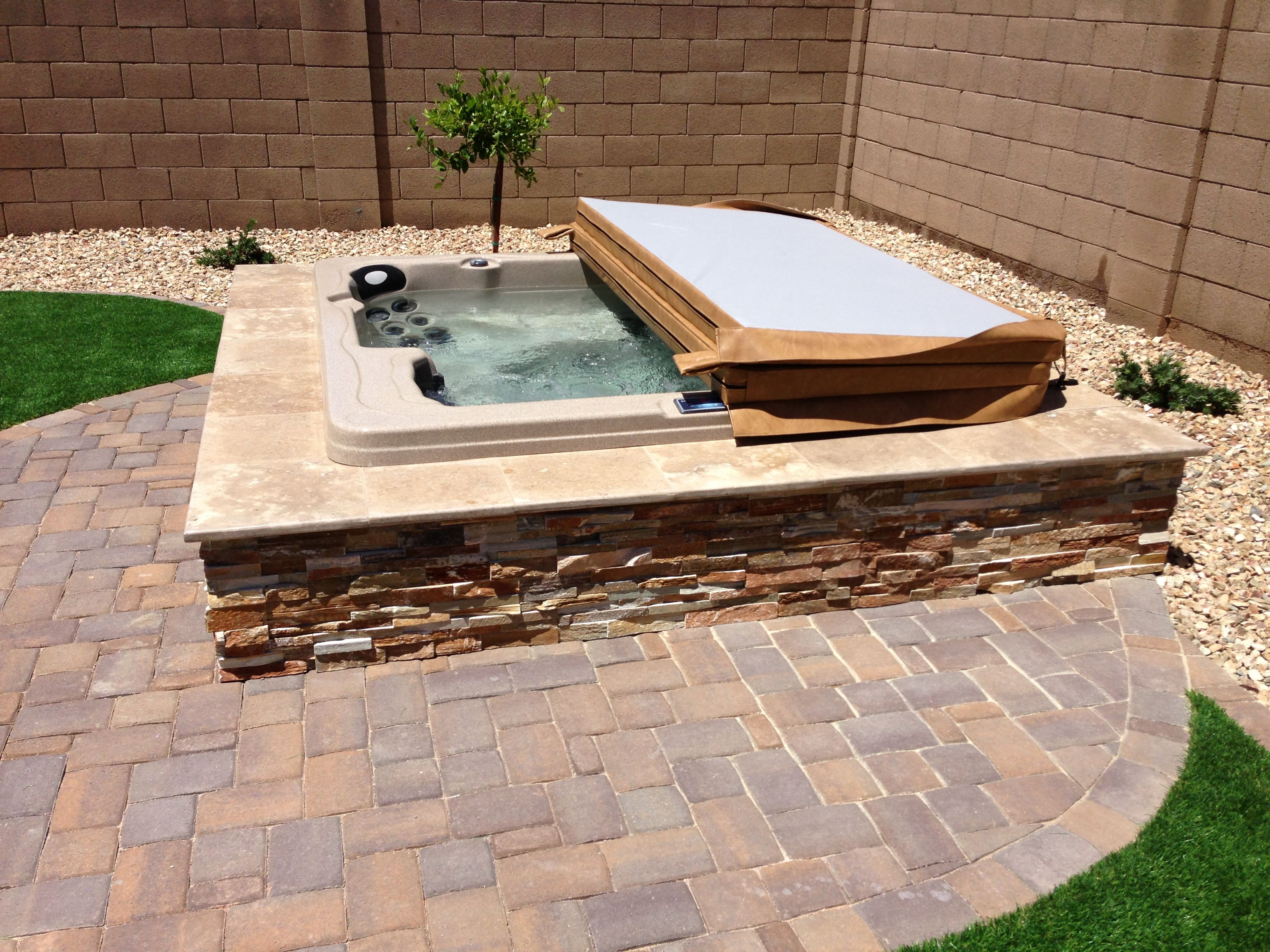 Perfect Best 25+ Hot Tubs Landscaping Ideas On Pinterest | Hot Tubs, Backyard Hot  Tubs And Hot Tub Patio