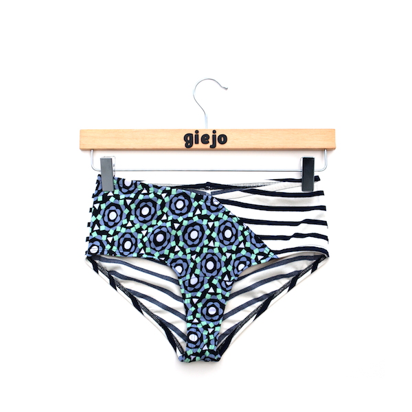 I love these bathing suit bottoms, but $86... ouch. I made a full bathing suite before, how much worse could it be to try to make these?