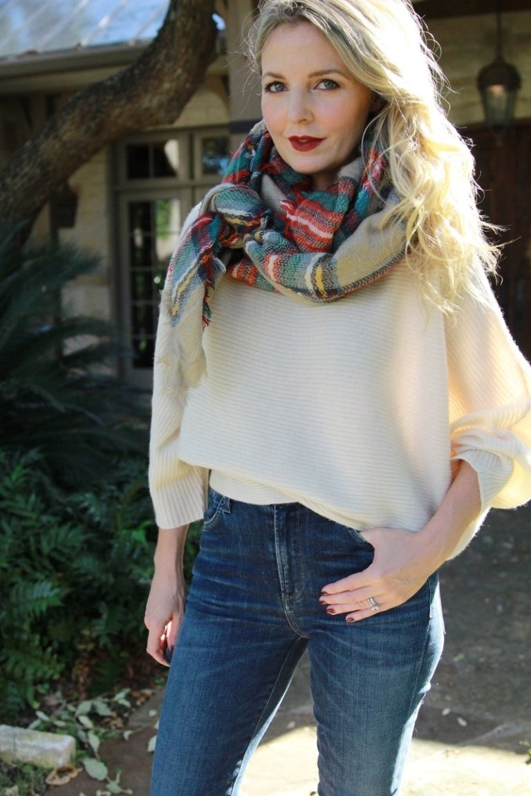 Ten Ways To Wear a Blanket Scarf Busbee style, How to