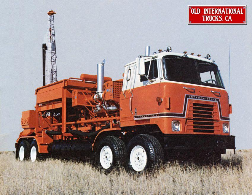 1978 International COF-5470 with a Dowel Oil Field body