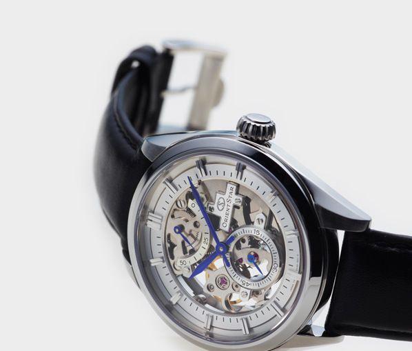 Đồng hồ cơ (Automatic)