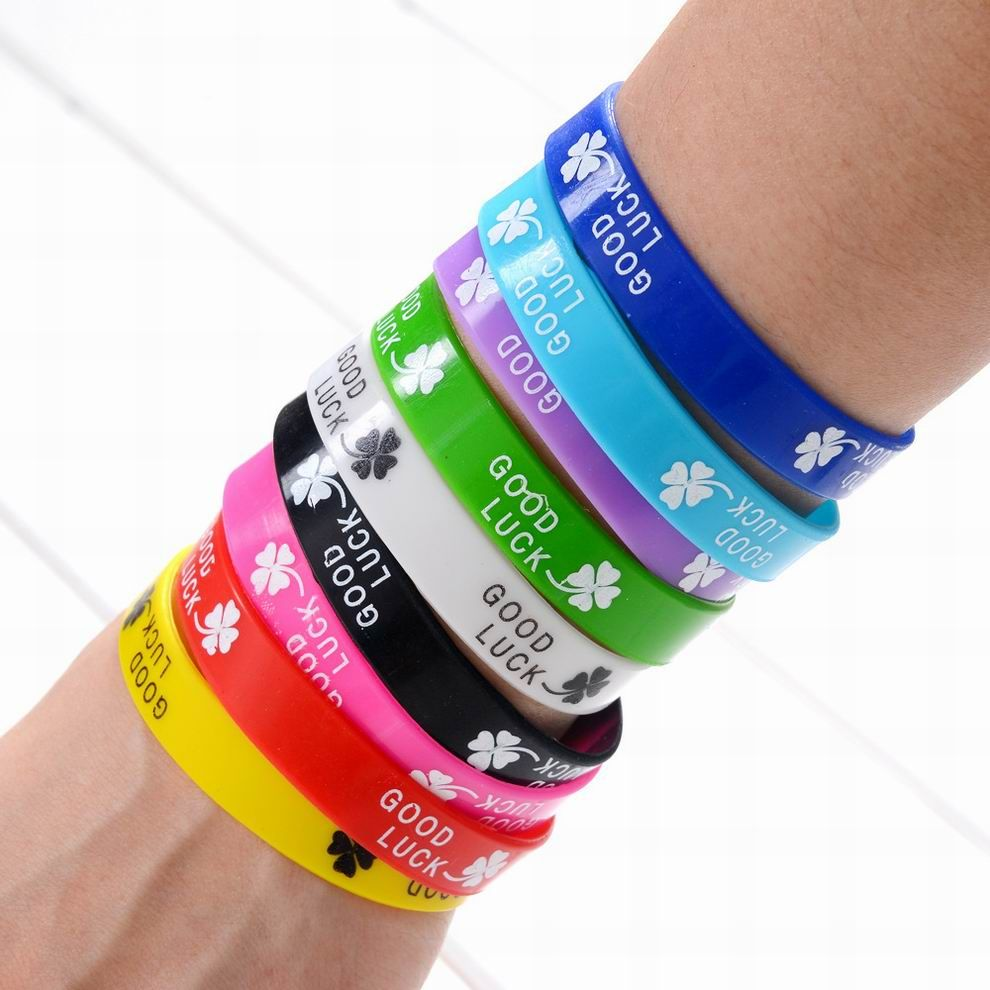 Wholesale mix colors trendy silicone rubber wristband good luck