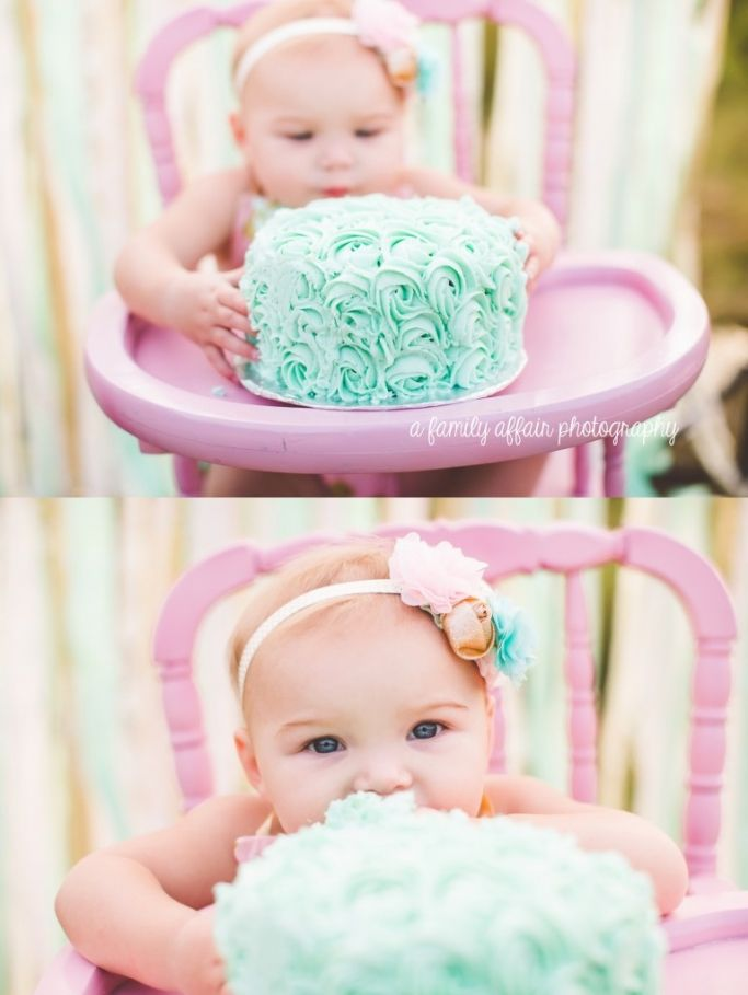 A family affair photography first birthday cake smash mint pink