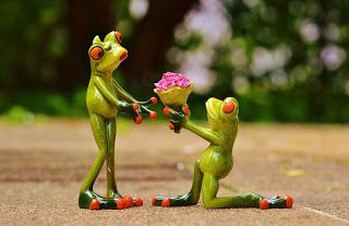 Online flower delivery | Send flower online - Withlovenregards: Romantic Quotes to Celebrate National Romance Mont...