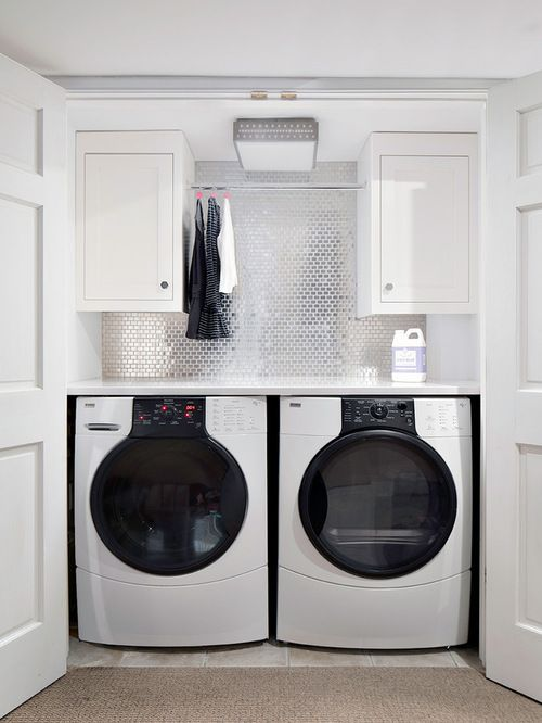 20 Ultra Modern Laundry Rooms That Fit Into The Most Contemporary Homes Modern Laundry Rooms Laundry Room Closet Laundry Design