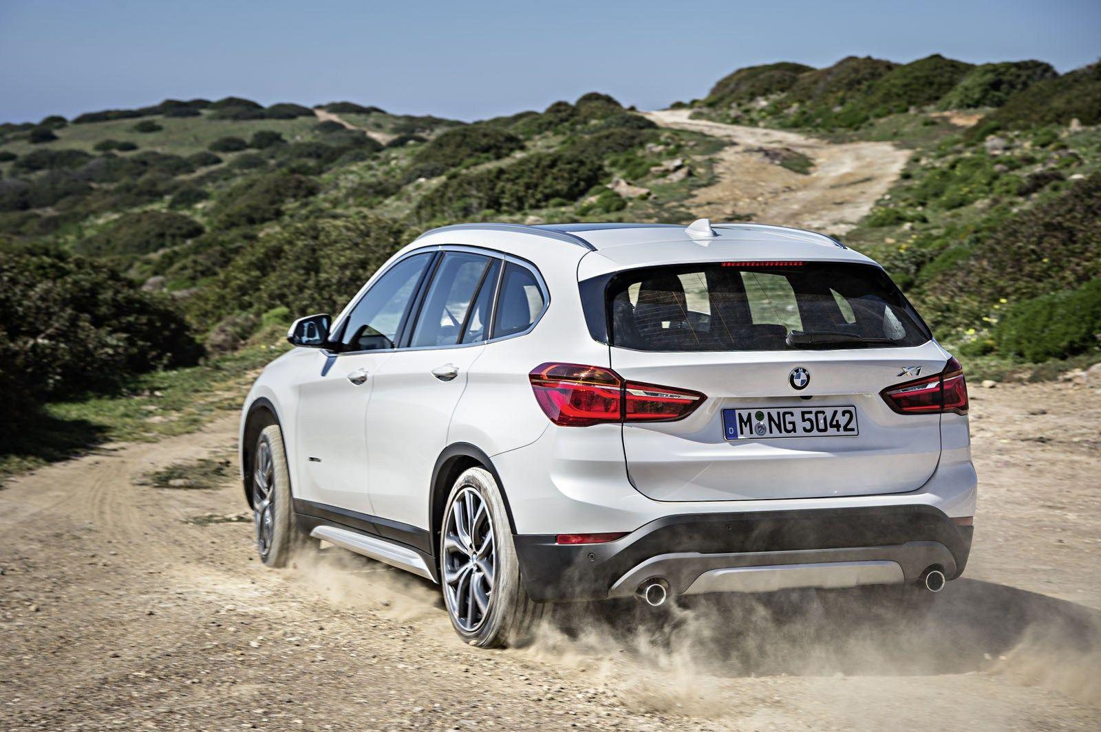 The 2018 Bmw X1 First Drive Carros Auto Mundial