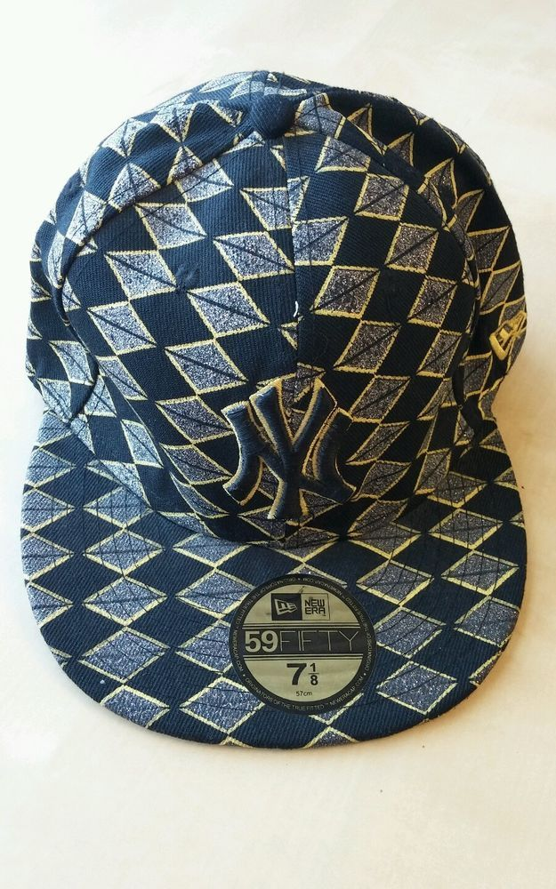 fd6c59a31a0 New York Yankees New Era 59 Fifty Cap 7 1 8 Black Yellow Sparkly   NewYorkYankees