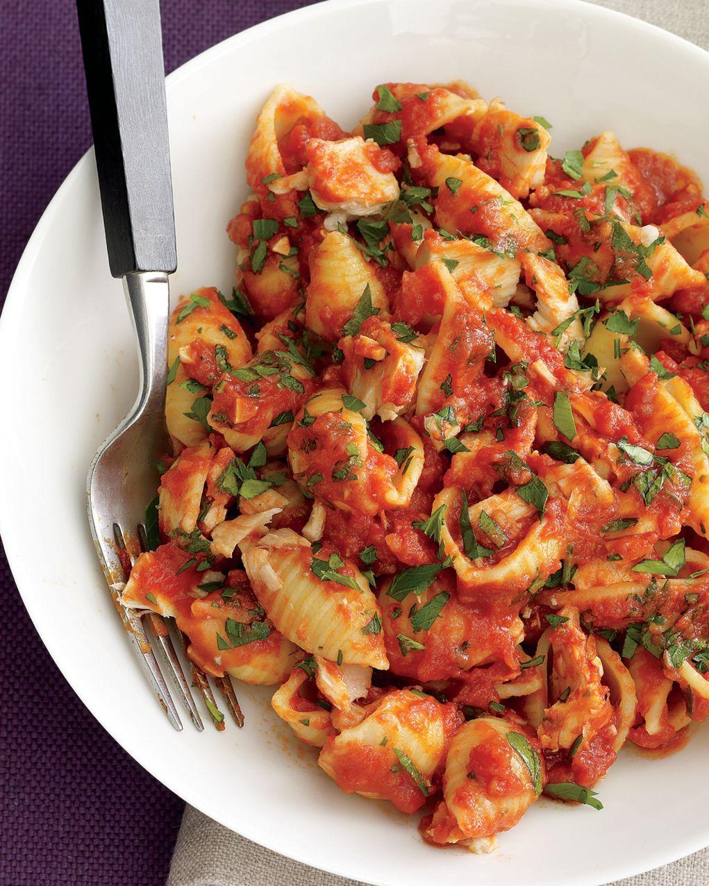 Tuna And Tomato Pasta Rachael Ray In Season Recipe Pasta Dishes Best Pasta Dishes Bbc Good Food Recipes