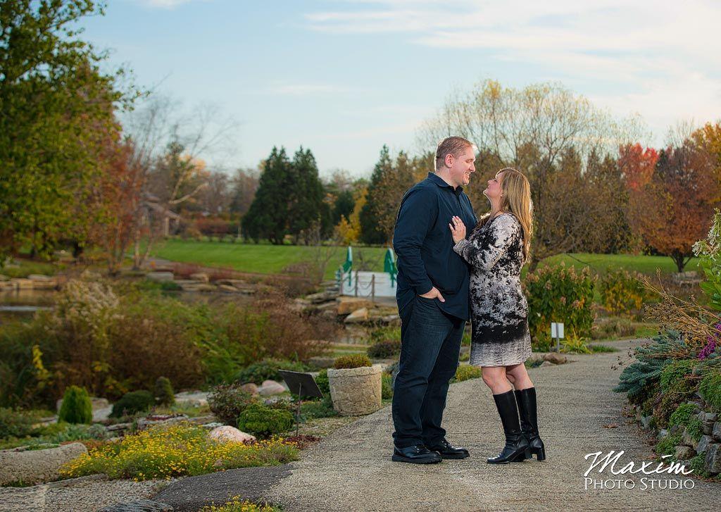 Pin On Cox Arboretum Dayton Ohio Engagement Wedding Photography