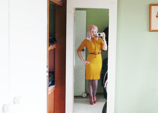 vintage-mustard-dress-pale-pink