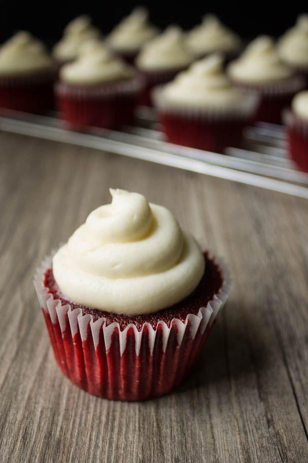 ingredients to make red velvet cupcakes