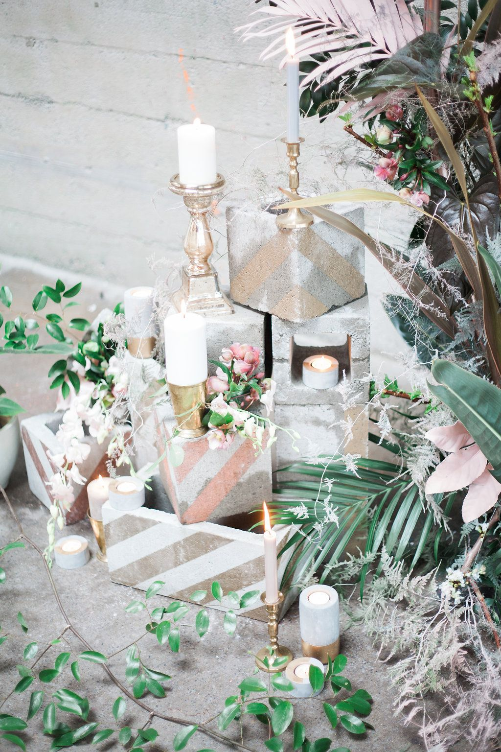 Stylish Tropical Wedding Inspiration in the Pacific Northwest ...