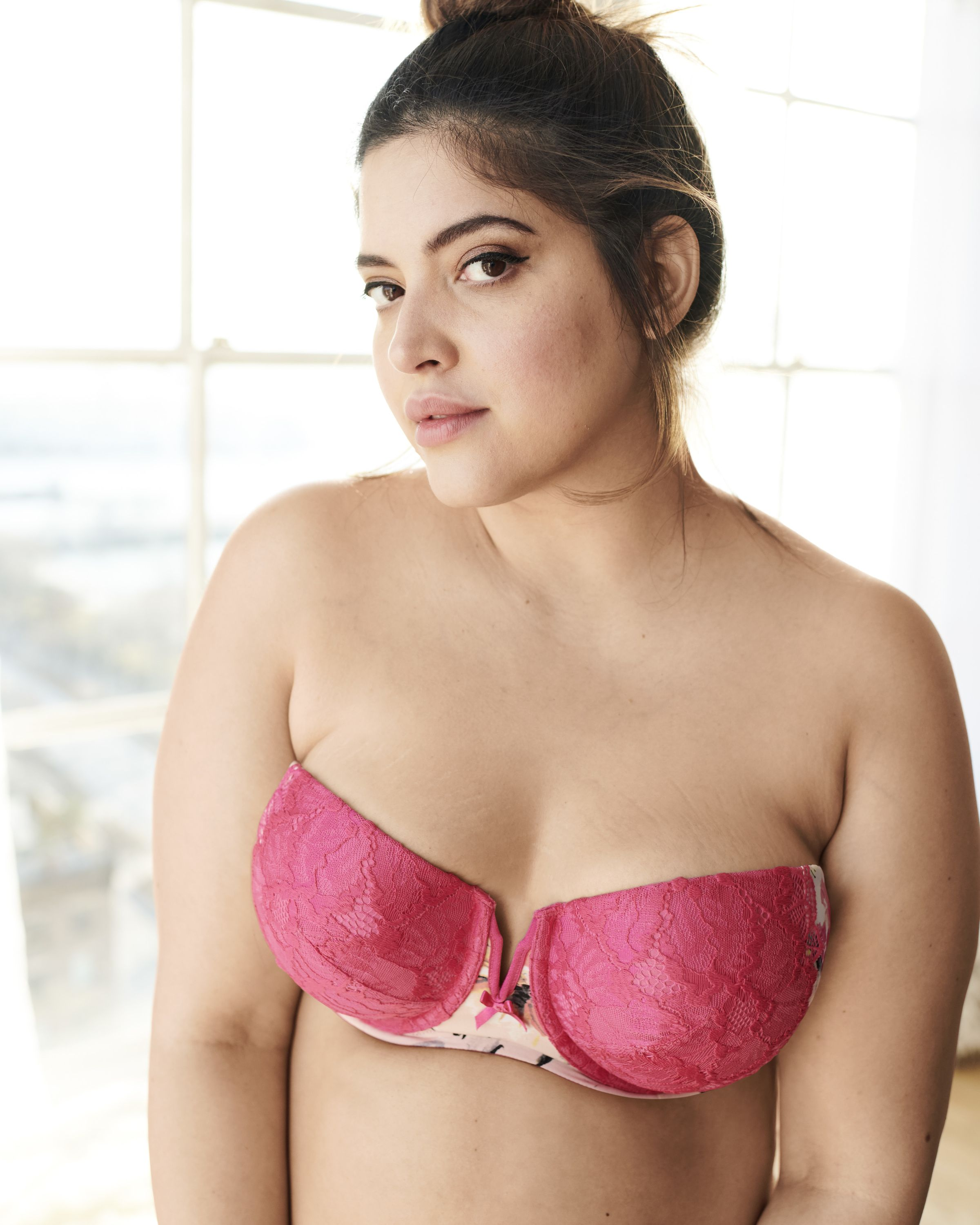 2cea45edb26 Your summer wardrobe's MVP: our Multi-way Strapless bra. Wear it 7 ways  under the season's cutout tops and dresses.