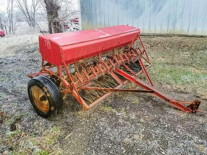 Ih Mccormick Grain Drill Farm Equipment Farm Machinery Old Farm