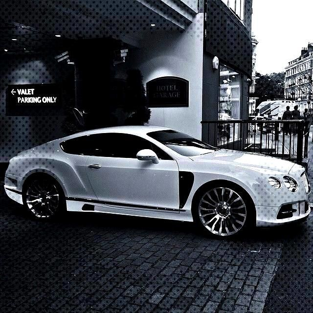 Exceptional Super cars images are offered on our web pages. look at this and you will not be sorry
