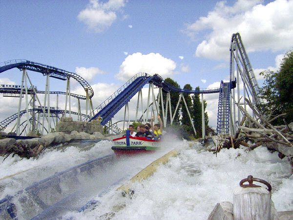 Here Are Some List Of Theme Park Cedar Point Ohio From Us And Six Flags Magic Mountain Europe Park From Europe Country Et Europa Park Rust Park Roller Coaster