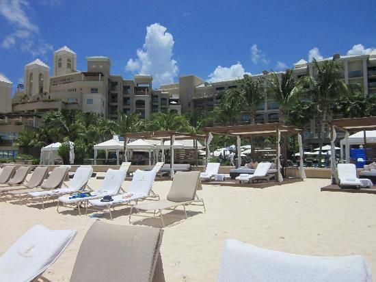 Ritz Carlson, Grand Cayman Island, has been named one of the best resorts in the Caribbean by Conde Nast Traveler.