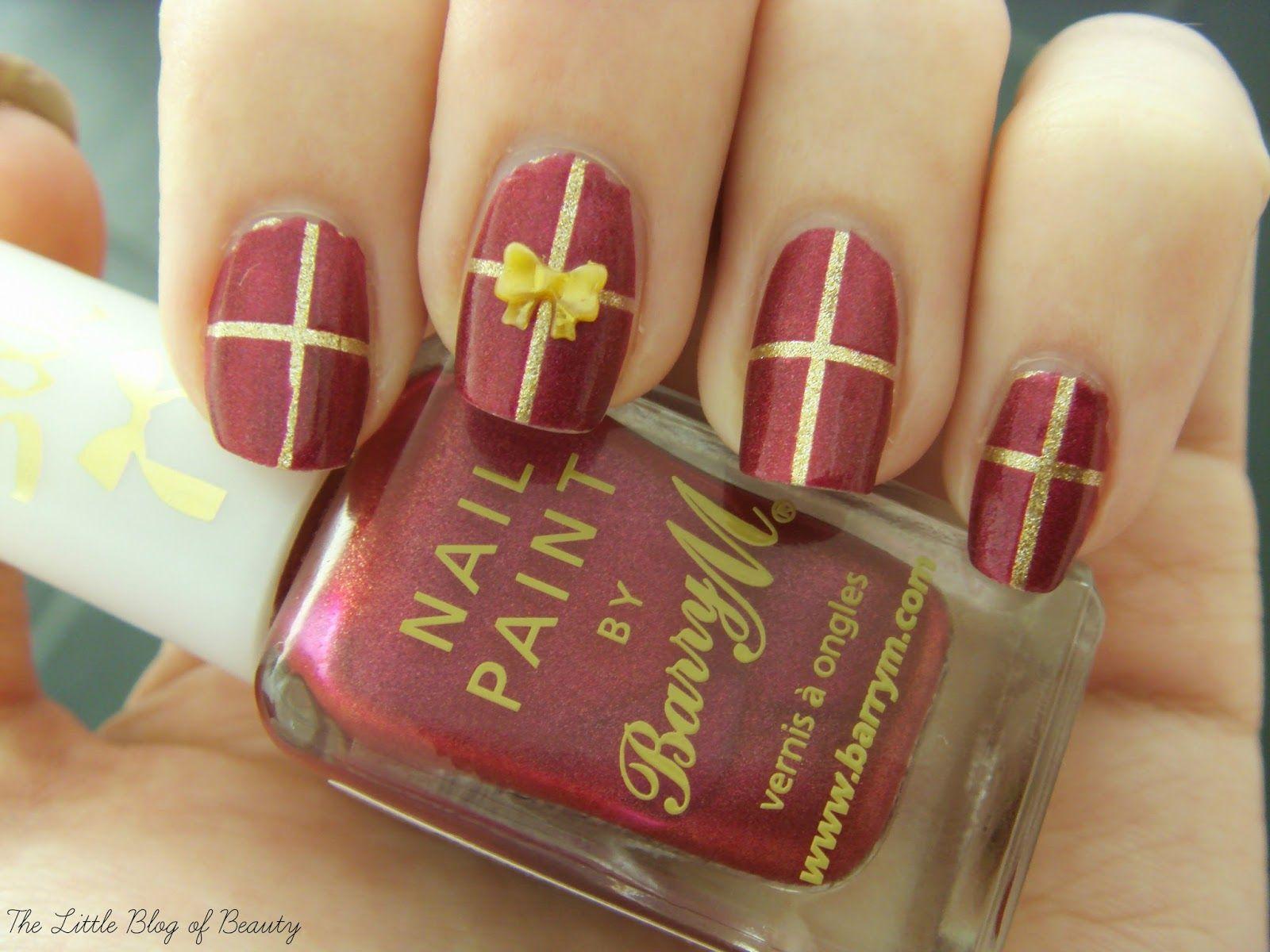 Christmas Nail Art Gift Wrapped Nails