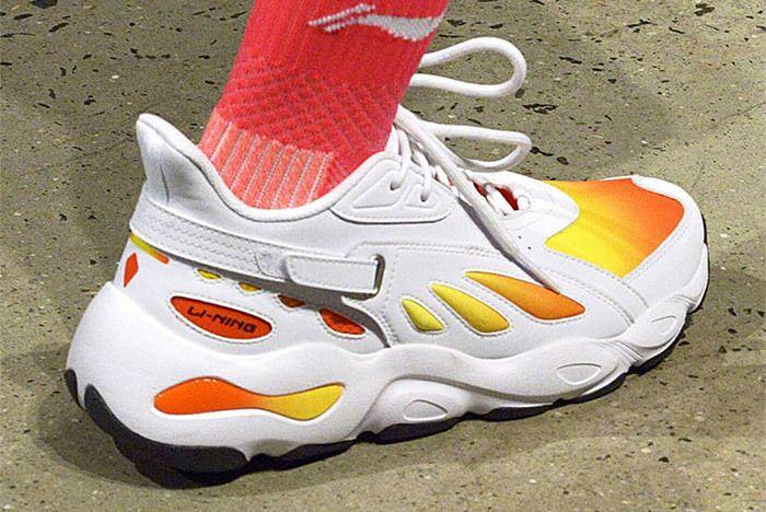 8eb392280bf0c3 Li Ning Butterfly Retro 2018 Yeezy Sneaker Freaker 1