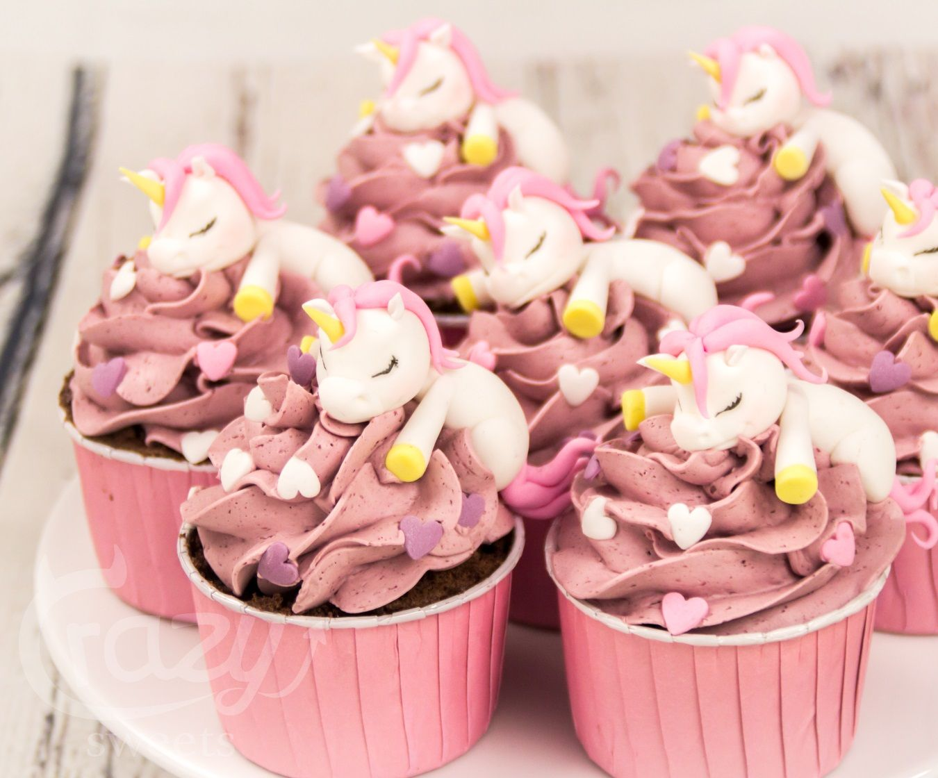 unicorn cupcakes einhorn einh rner cakes by crazy. Black Bedroom Furniture Sets. Home Design Ideas