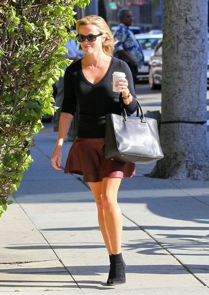 Reese Witherspoon - Reese Witherspoon Heads to a Meeting — Part 2