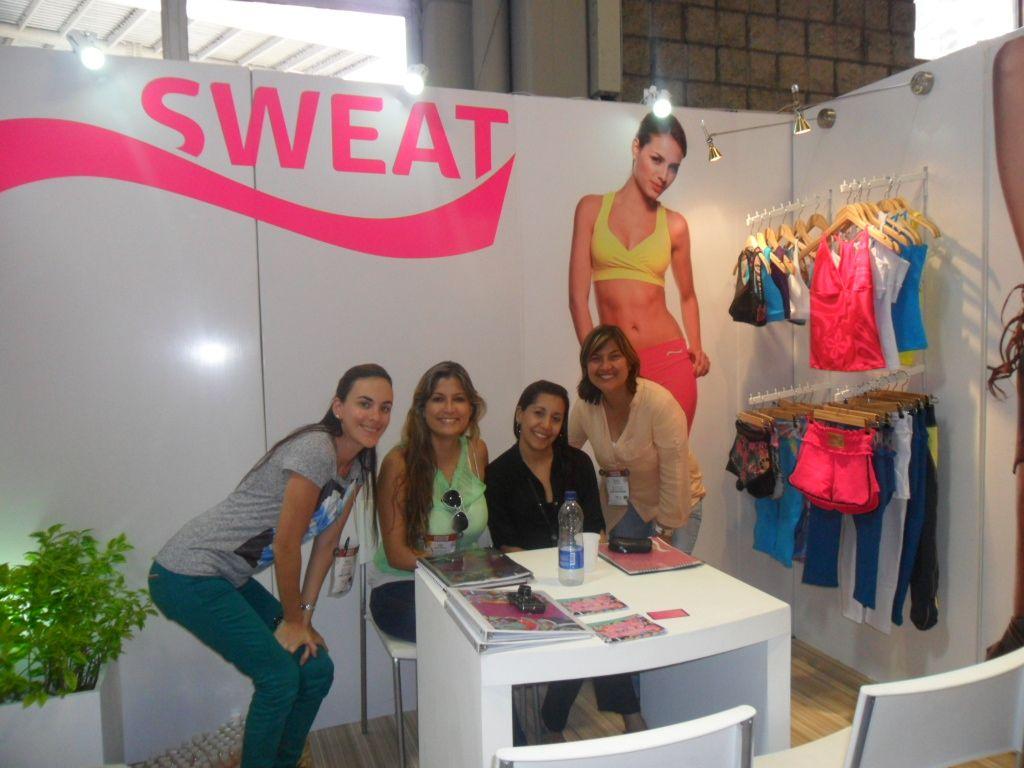 SWEAT- ROPA DEPORTIVA - COLOMBIAMODA -2012
