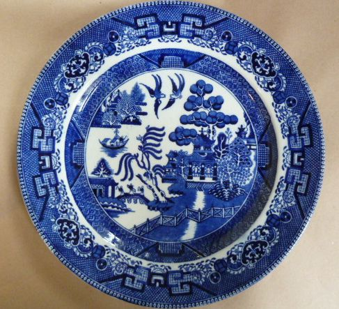 Sold V913n Victorian 1890s Doulton Burslem Blue White Willow Pattern Plate Flickr Photo Sharing