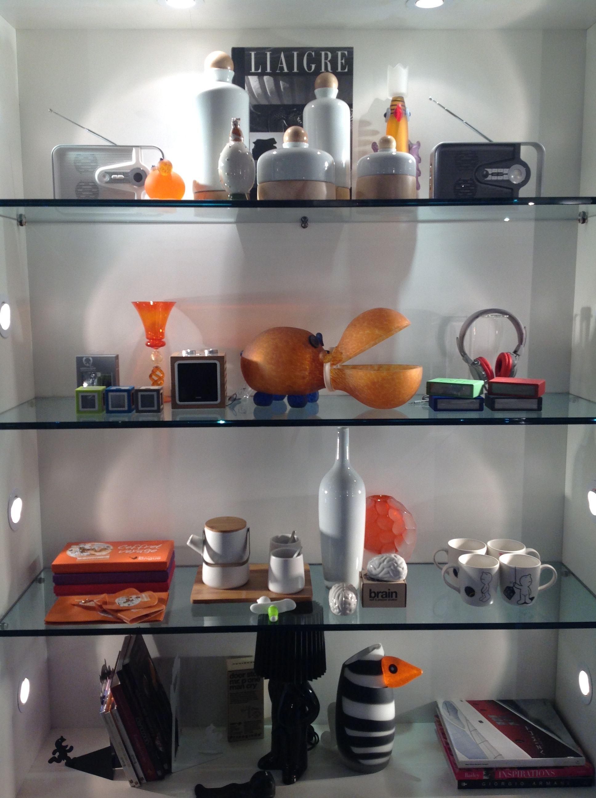 black/white & orange nuovi corner