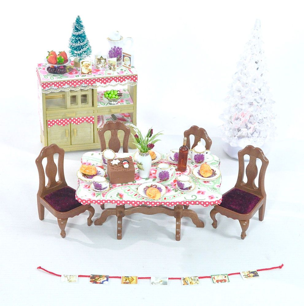 Fistuff Sylvanian Families Xmas Decorated Dining Room Set Light Up Tree LOTS