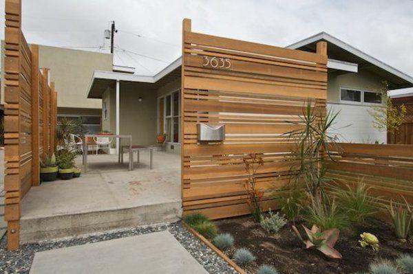 Holzzaun Design Schönen Garten Gestalten Weiße Hausfassade