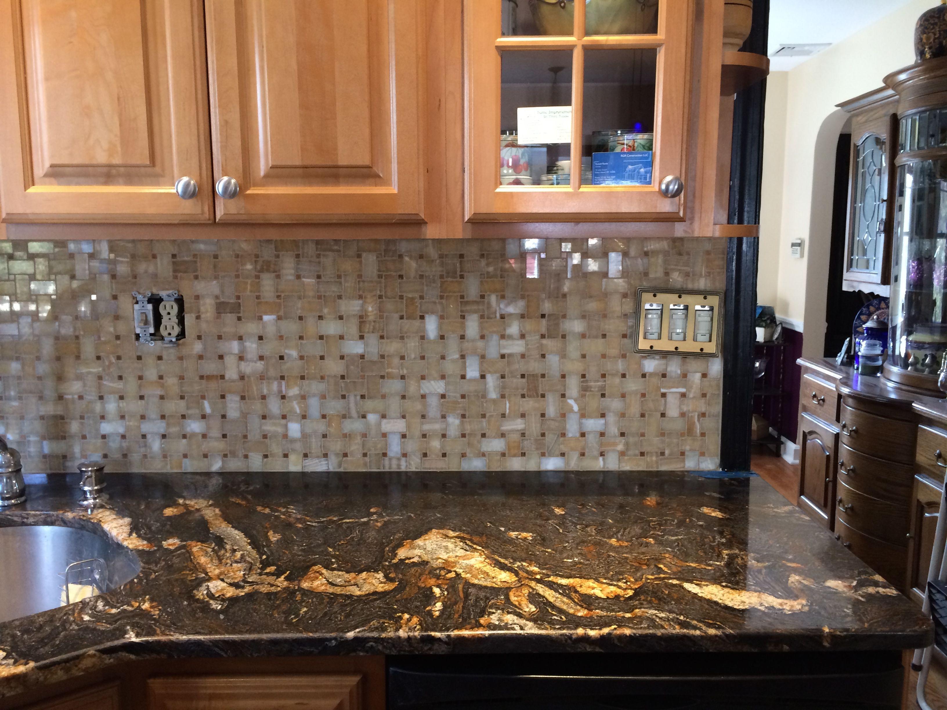 Honey Onyx Tile Backsplash | Tile Design Ideas