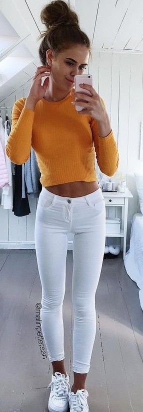 #prefall #backtoschool #outfits | Orange Crop Knit + White Jeans