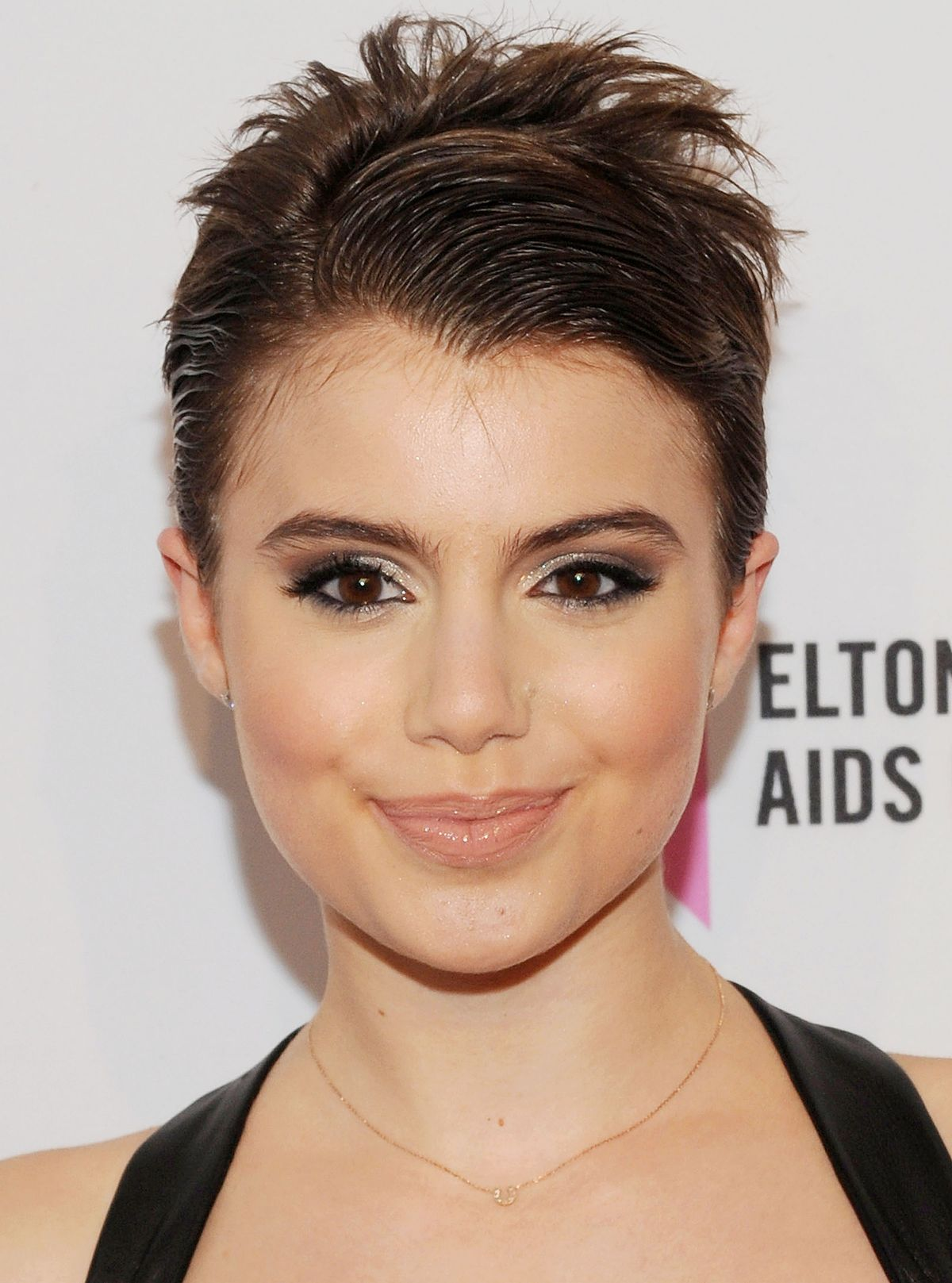 View And Try On This Sami Gayle Short Straight Formal Hairstyle   Medium  Brunette.