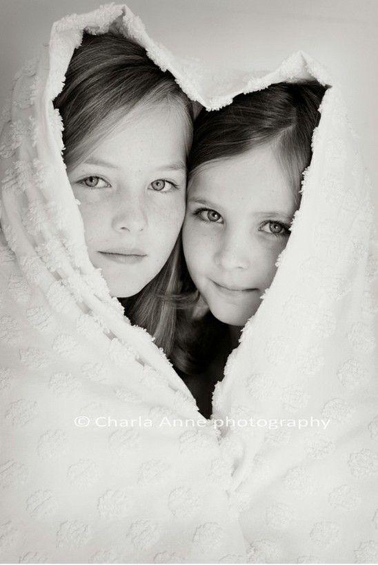 Suloiset sisarukset.