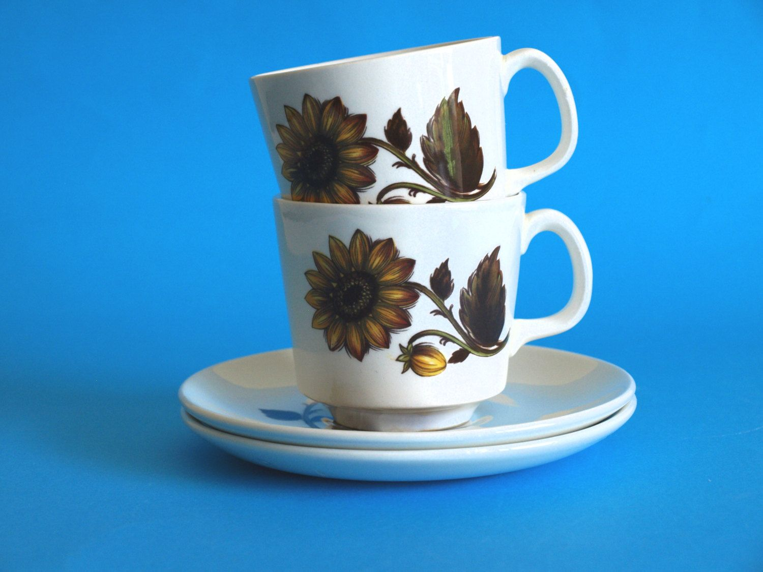 Vintage Johnson of Australia Sunflower Hayman Teacups and Saucers - Set of Two - Floral Tea Cups - Made in Australia - Johnson Brothers by FunkyKoala on ... & Reserved for Beth***Johnson of Australia Sunflower Teacups and ...