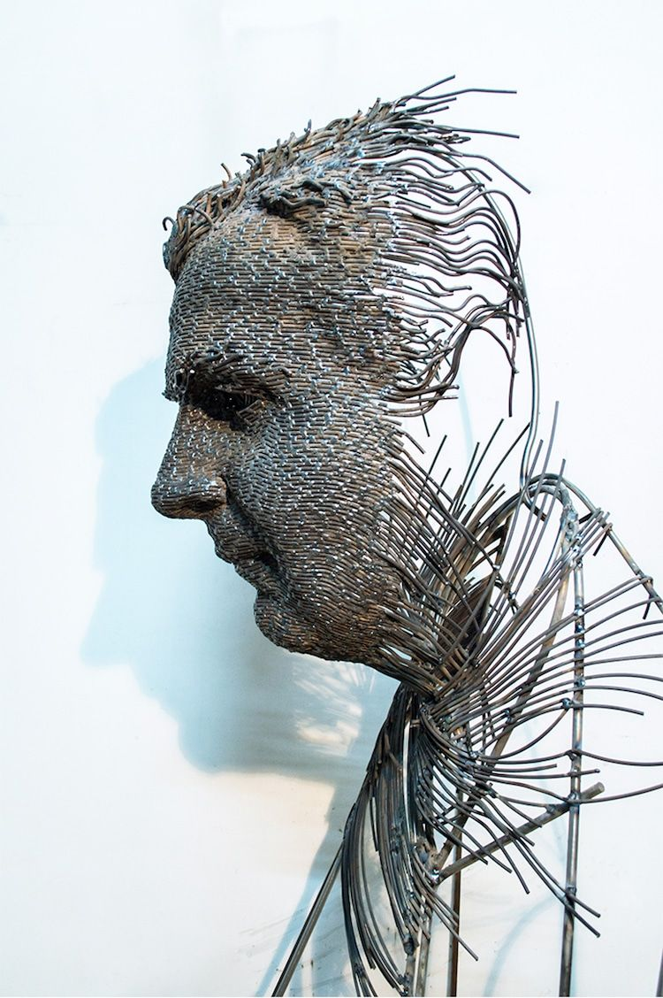 Fragmented Wire Sculptures Capture the Complexity of Man\'s Inner ...