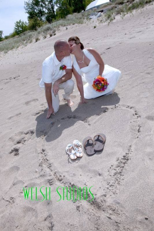 Beach Wedding Bride And Groom Kiss Illinois State Park Welsh Studios