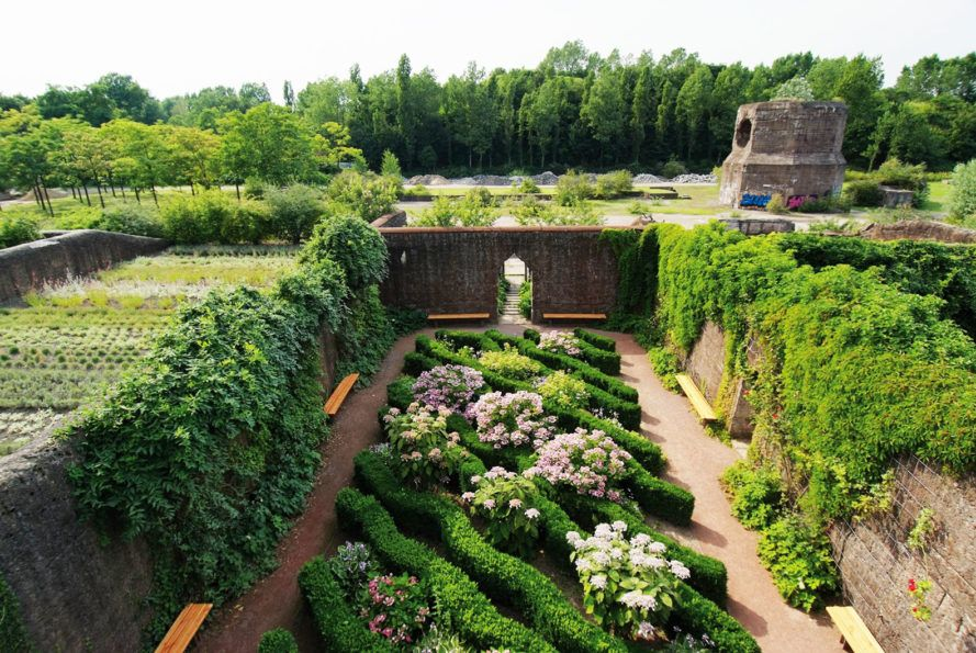10 Landscape Design Projects That Turned Neglected Spaces Into Incredible Parks Landscape Design Landscape Design Plans Boston Architecture